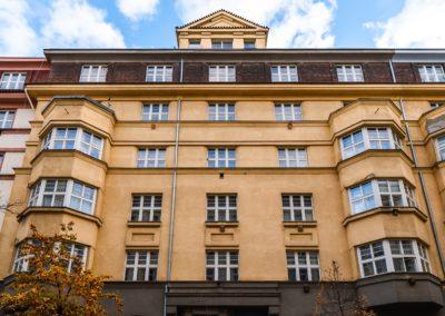 Špaletová okna – Praha, Čáslavská