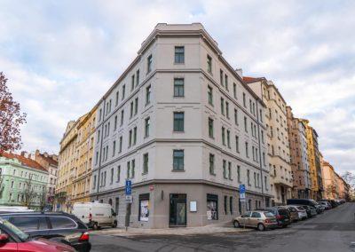 Špaletová a dřevěná okna v BD – Praha 3, Bořivojova